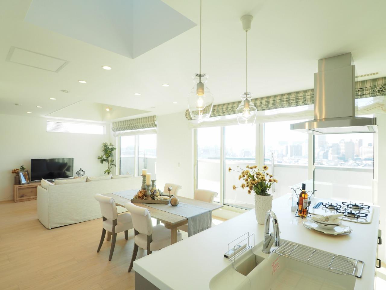 モデルハウス/住宅展示場情報:千里円山の丘モデルハウス(大阪府吹田)のスライダー用サムネイル画像
