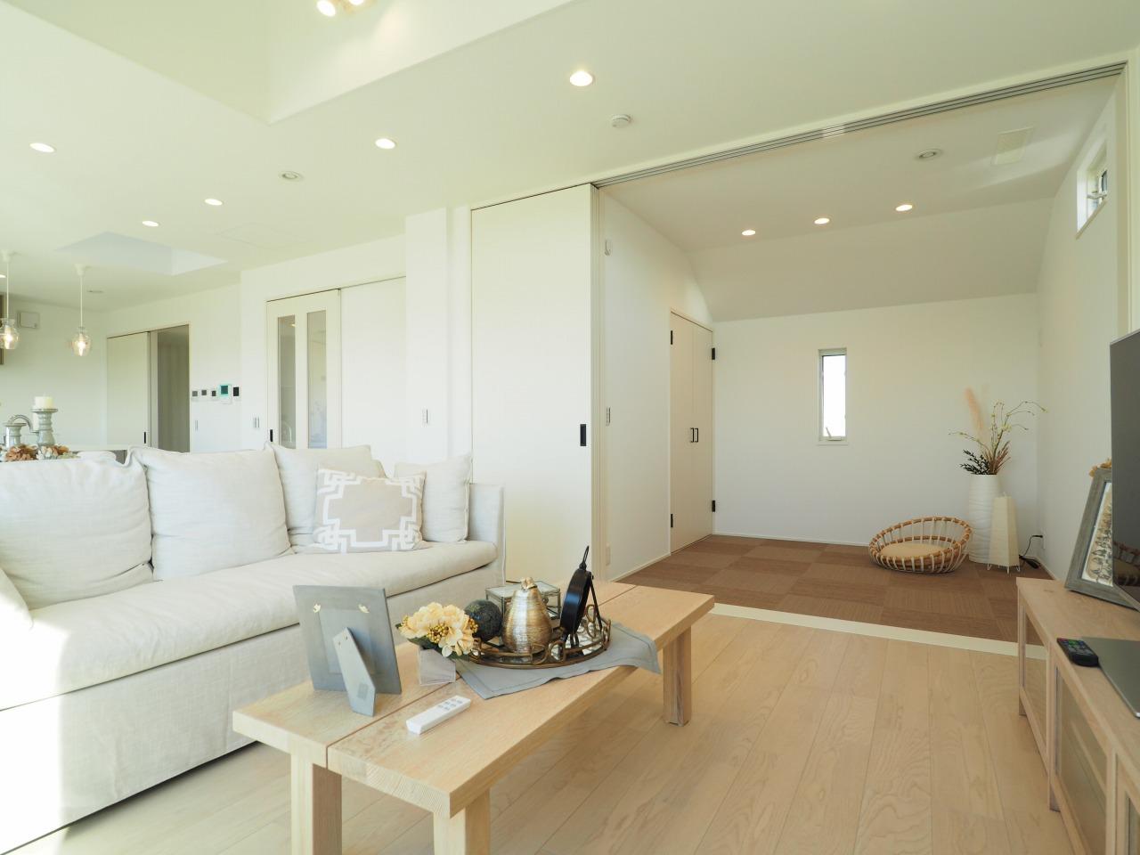 モデルハウス/住宅展示場情報:千里円山の丘モデルハウスのスライダー用サムネイル画像