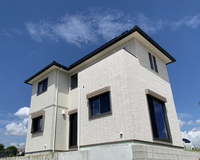 【大阪府吹田市・千里円山の丘分譲地】リアルサイズのモデルハウス NEW OPENサムネイル画像